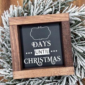 Days til Christmas mini chalkboard sign